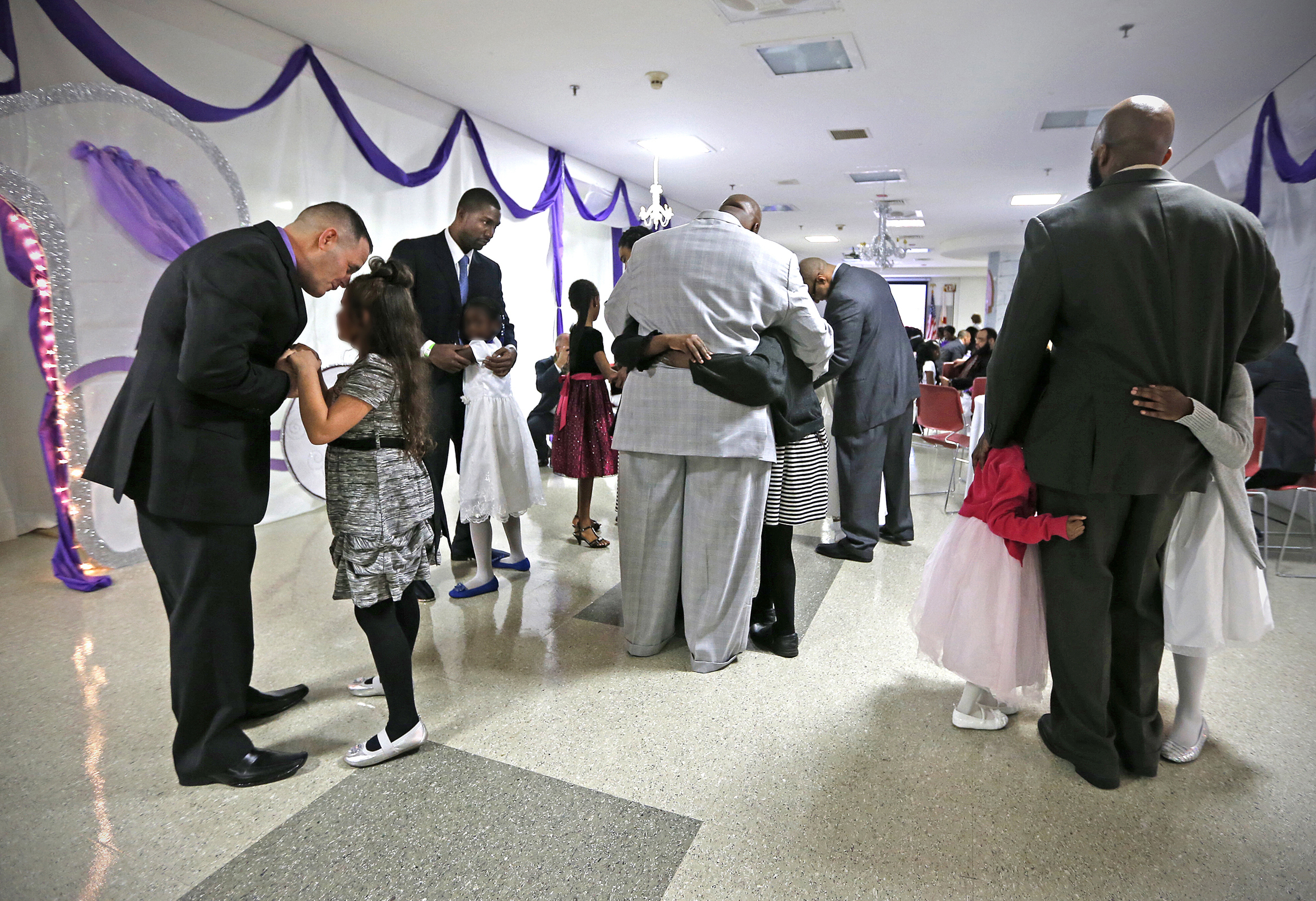 federal prison in miami hosts dance for inmates and federal prison in miami hosts dance for inmates and their daughters