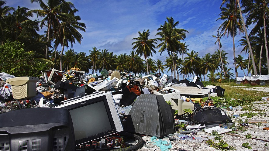 Garbage dump and recycling area on September 27, 2009, on Hitaddu Island, Maldives. Photo by: EyesWideOpen/Getty Images