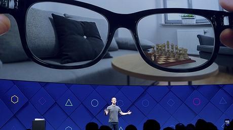 Facebook CEO Mark Zuckerberg speaks at his company's annual F8 developer conference, April 18, 2017, in San Jose, California. Photo: AP/Noah Berger